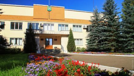 Исполняющий обязанности замминистра претендует на пост главы Окуловского района